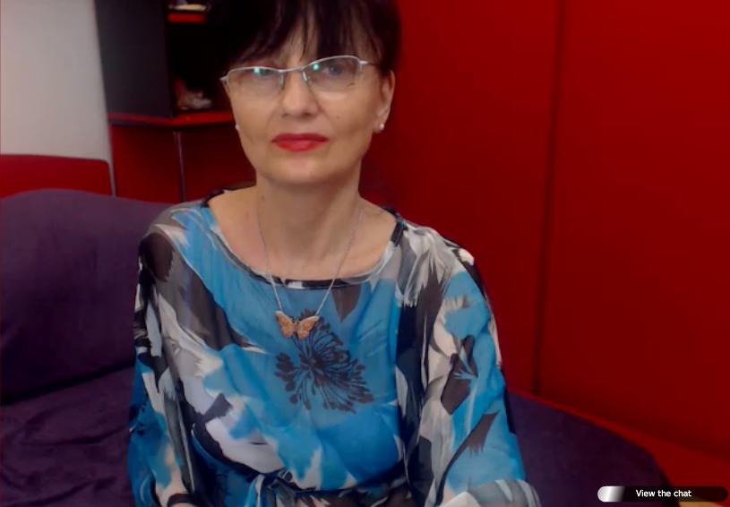 Styled granny still enjoys sex… virtually